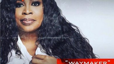 "Photo of Sinach Bags A Dove Award With ""Way Maker"""