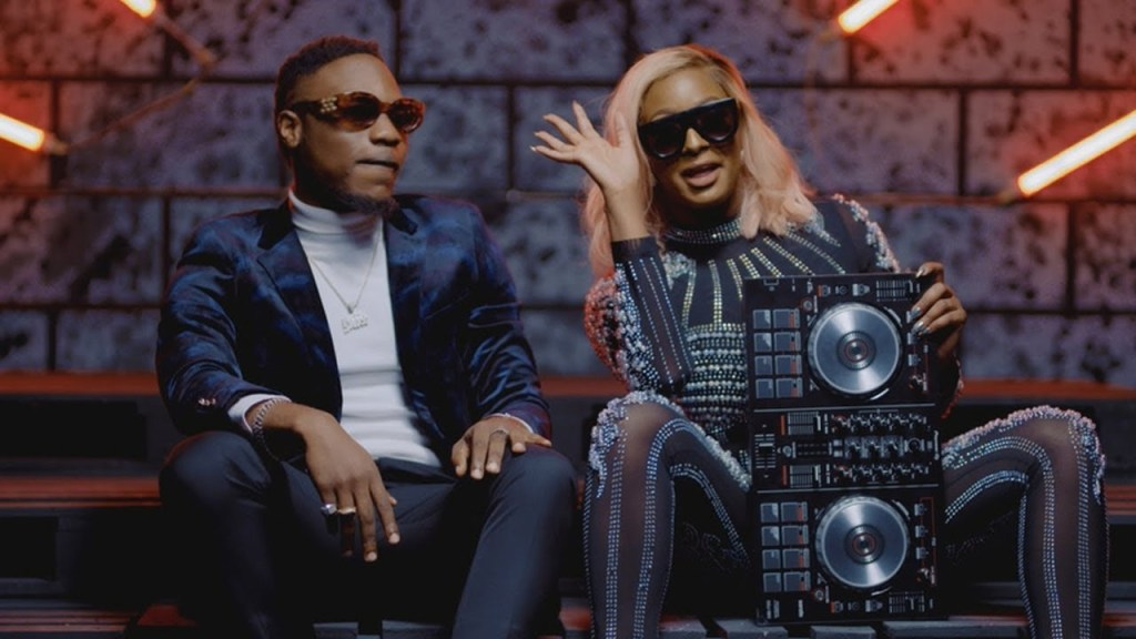 DJ Cuppy Ft. L.A.X – Currency Video