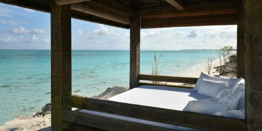 Discover COMO Parrot Cay with Xclusivity