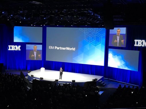 """Xelere recibe el reconocimiento """"Client Business Transformation"""" en el IBM Partner World 2017"""