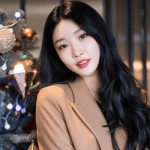 Cover - Chungha's agency confirms she tested positive for COVID-19