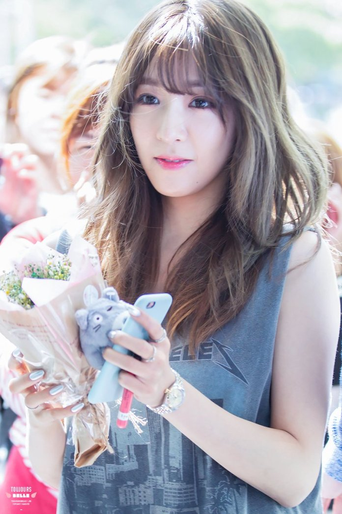 Pic 4 - Full profile of Tiffany (SNSD) (Part 2)