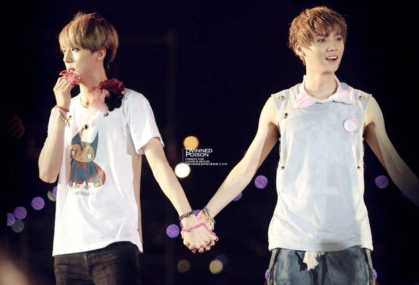 Pic 1 - Do you know about the relationship between Luhan and Sehun?