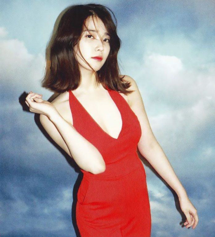 Pic 5 - Do you know sexy IU on the stage?
