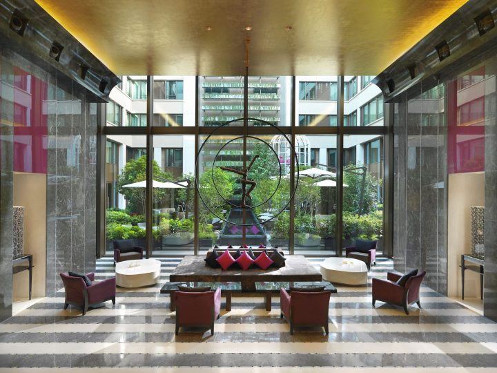 Main lobby area of the Mandarin Oriental Paris