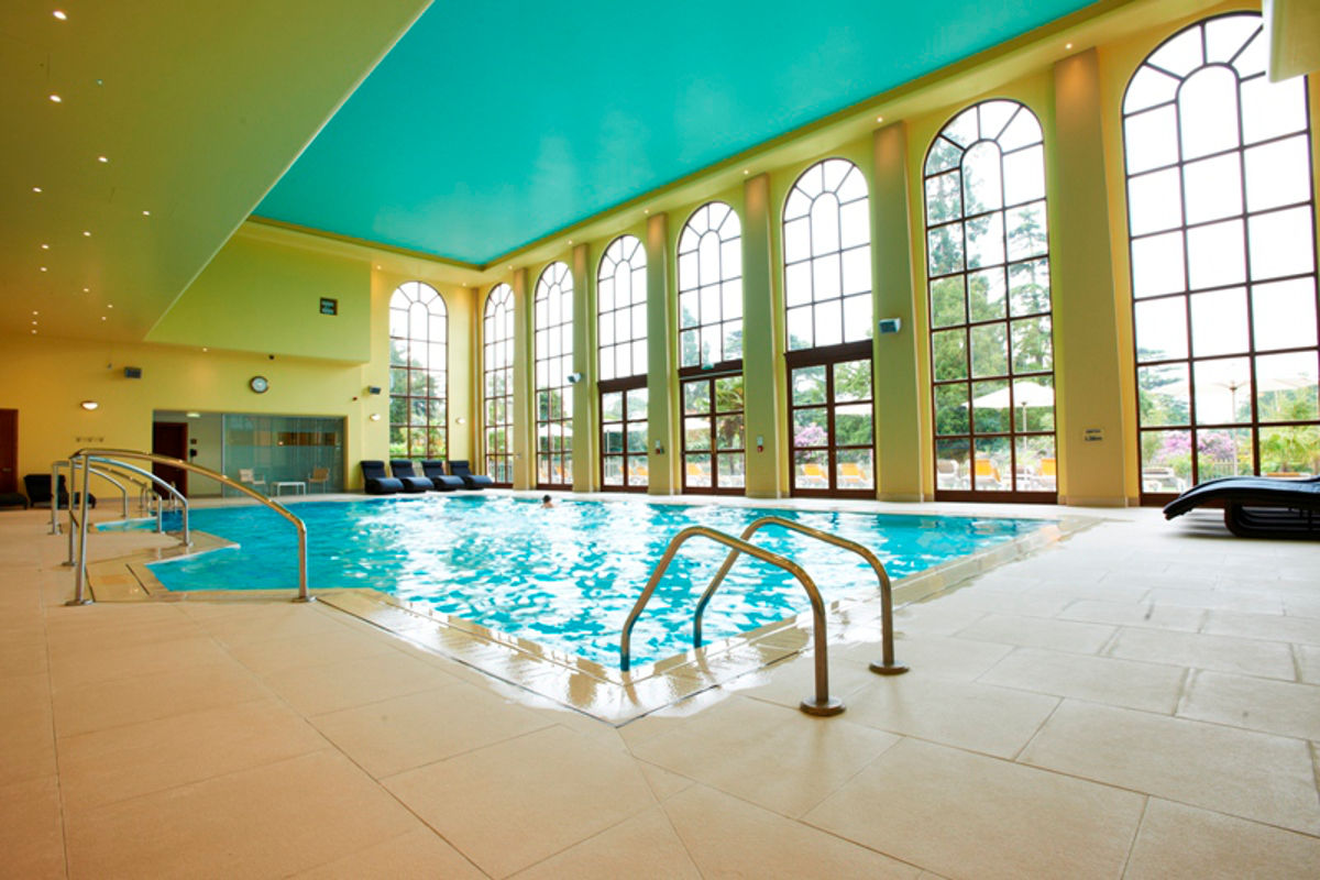 Image of the indoor pool at Stoke Park