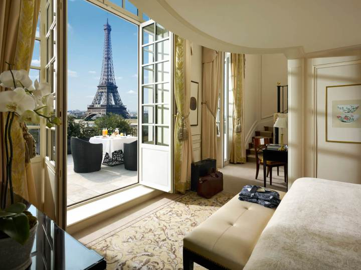 Iconic Eiffel Duplex Terrace Suite at the Shangri-La Paris