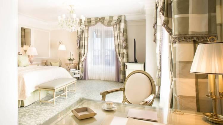 FS Paris - Bedroom 2.jpeg