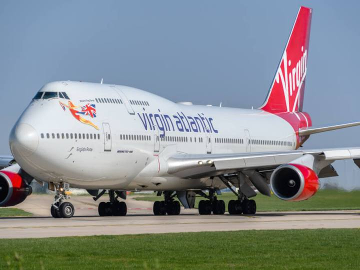 Virgin Atlantic 747 at Manchester Airport