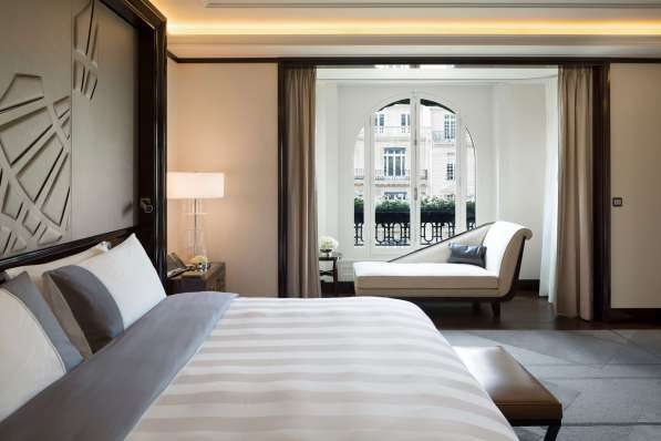 Peninsula Paris Rooftop Garden Suite