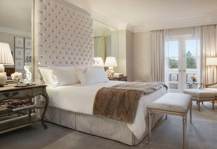 Peninsula BH - Grand Deluxe Suite (Silver Suite) - Bedroom (1)