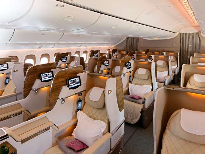 The Business Class Cabin on the new Emirates Boeing 777-300ER