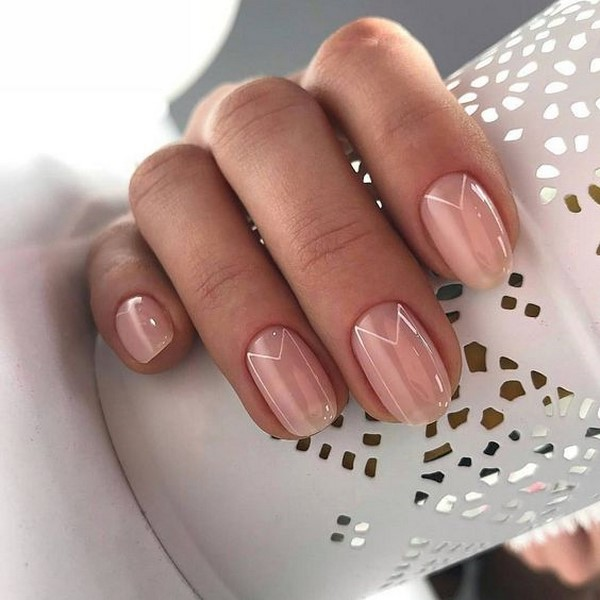 Fashion nude manicure