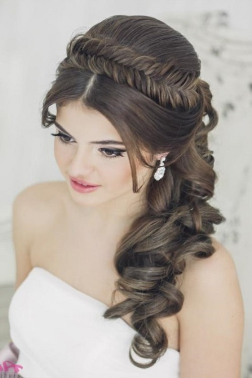Wedding hairstyles 2021 with crown