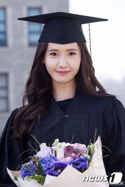 10 idols que han ido a la universidad