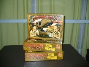 Frente de la caja de Cazadores de Fósiles