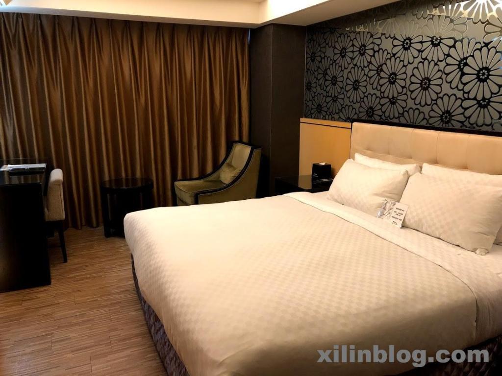 ロイヤルグループホテル高雄の部屋01