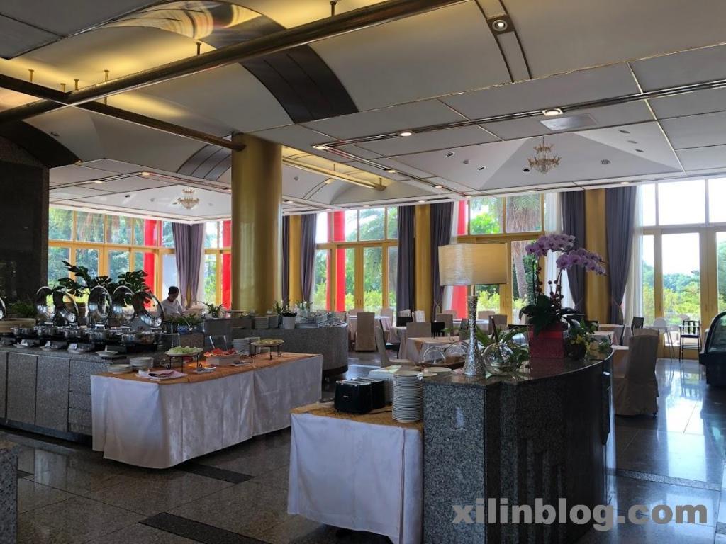 グランドホテル高雄の朝食会場05
