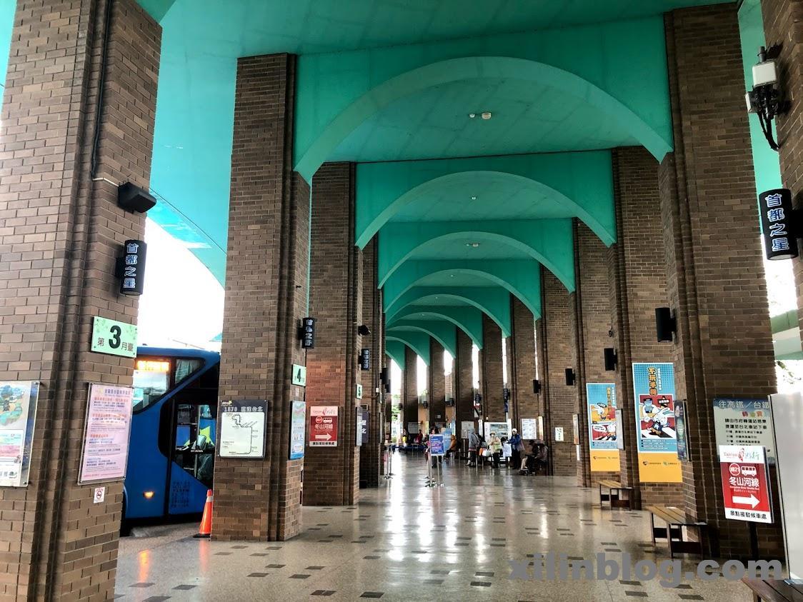宜蘭の羅東のバスターミナル02