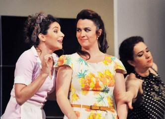 Sabina Puértolas (Despina), Maite Beaumont (Dorabella) i Juliane Banse (Fiordiligi), Così fan tutte Liceu, maig 2015. Fotografia Antoni Bofill-Premsa Liceu
