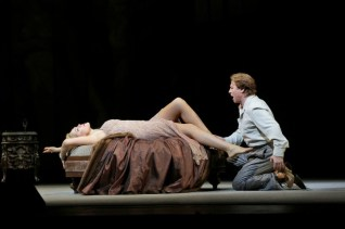 Manon Lescaut MET Alagna Opolais acte 2on. Fotografia Ken Howard/MET
