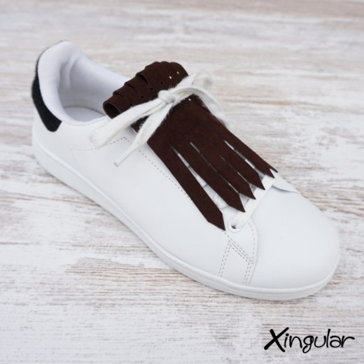 flecos zapatillas ante chocolate