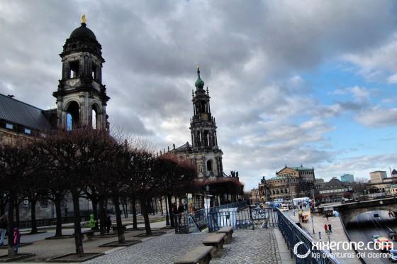 La Katholische Hofkirche de Dresde