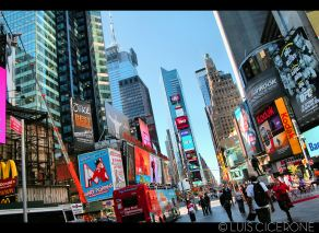 Times Square: colorido, alocado y hortera como pocos otros lugares.