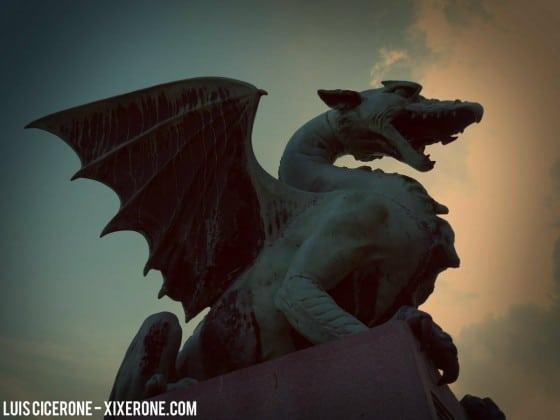 Dragón del puente Zmajski