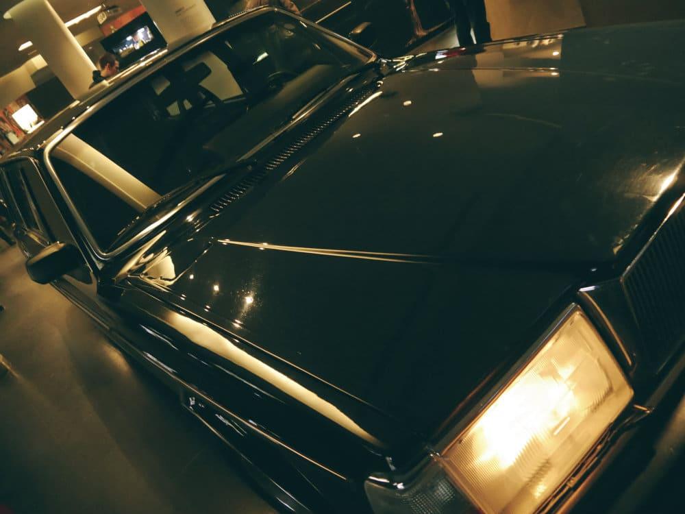 Limosina Volvo 244