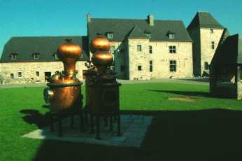 Destilería de licor en Valonia