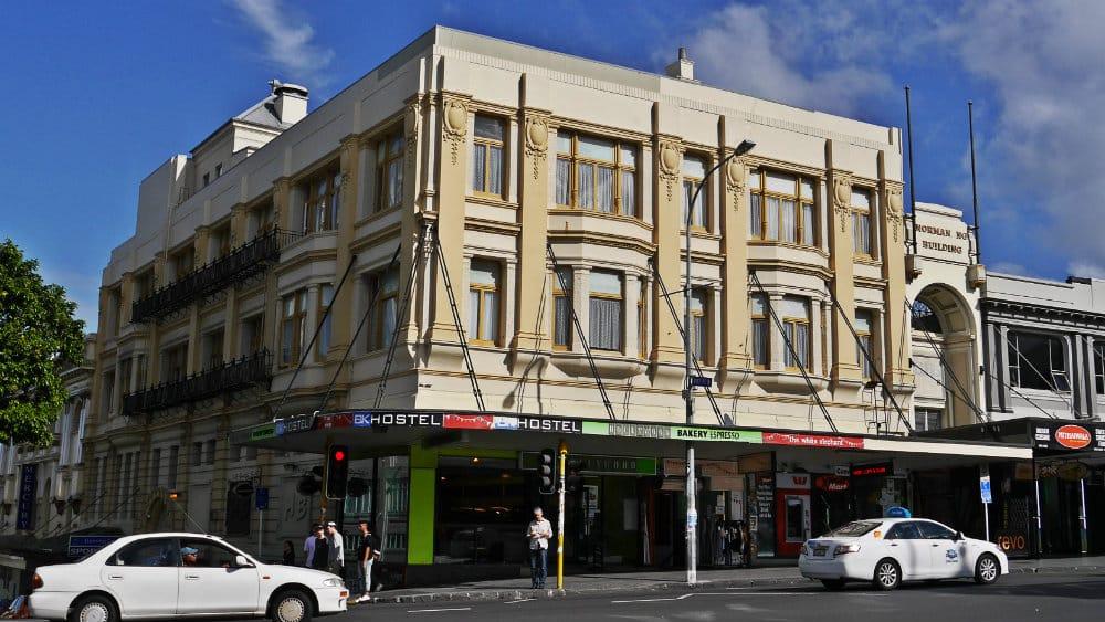 Edificio antiguo convertido en hostel - K Road, Auckland, Nueva Zelanda