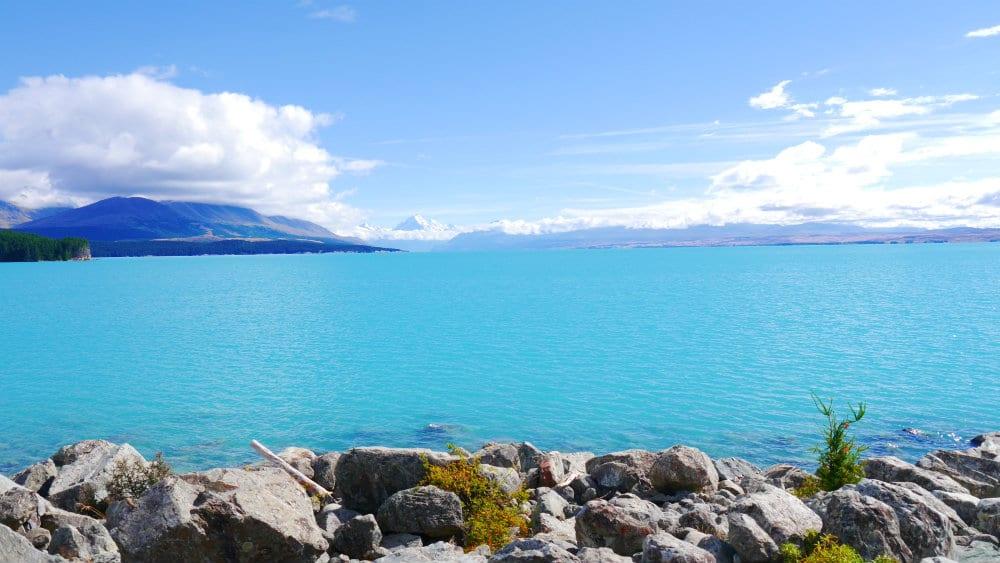 Lago Pukaki en la Isla Sur de Nueva Zelanda