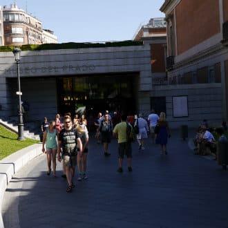 Colas en el Museo del Prado