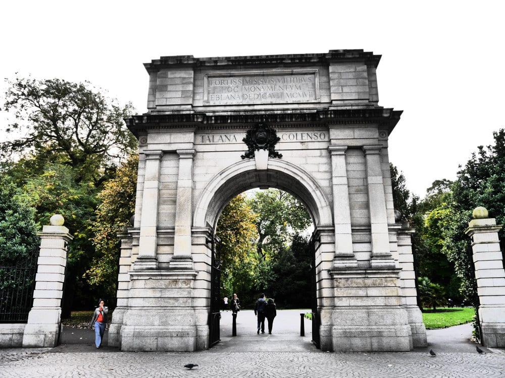 Fusiliers' Arch, Stephen's Green - Imperdibles de Dublín