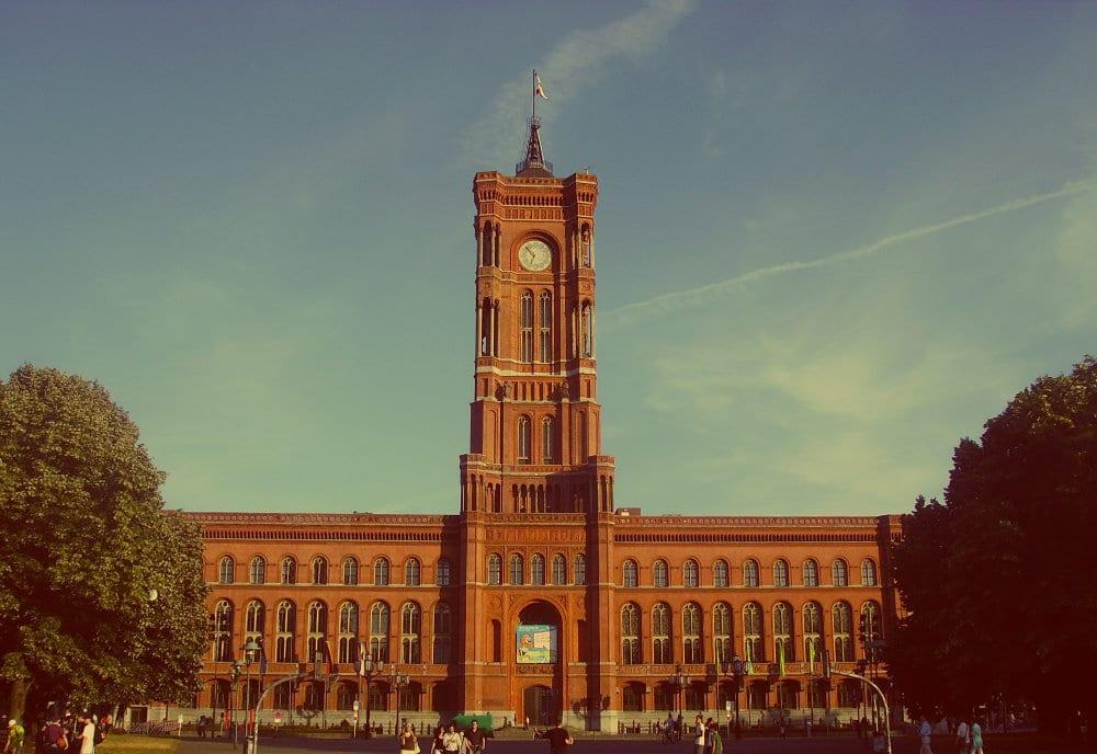 Qué ver en Alexanderplatz - Ayuntamiento rojo