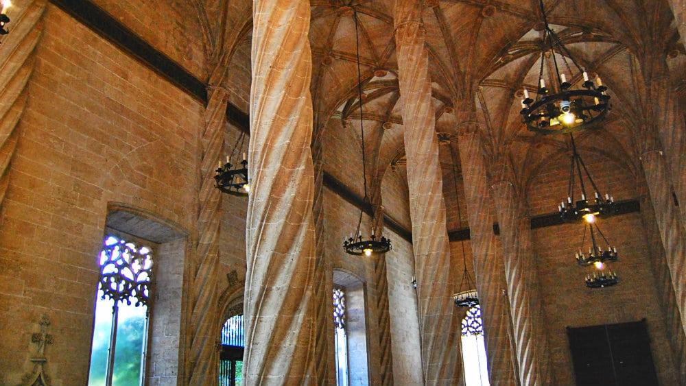 Salón Columnario de la Lonja de la Seda - Ciutat Vella, Valencia
