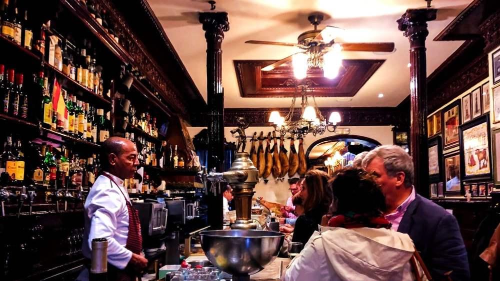 Poble Sec - Dónde alojarse en Barcelona para vida nocturna