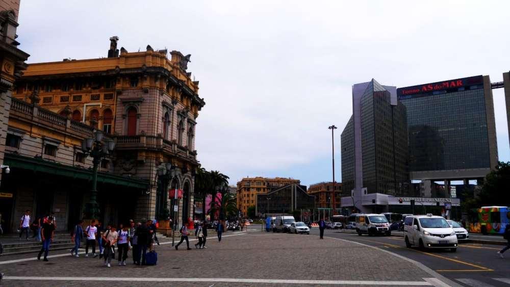 Zona recomendada donde alojarse en Génova - Cerca de la estación Brignole