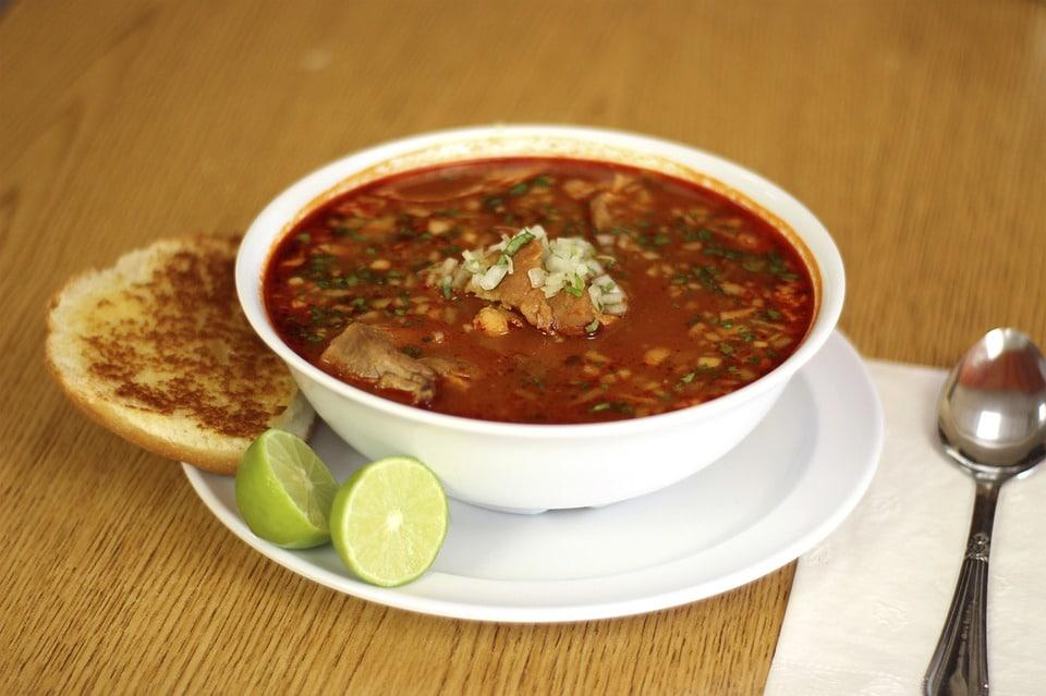Platos de la comida mexicana - Pozole