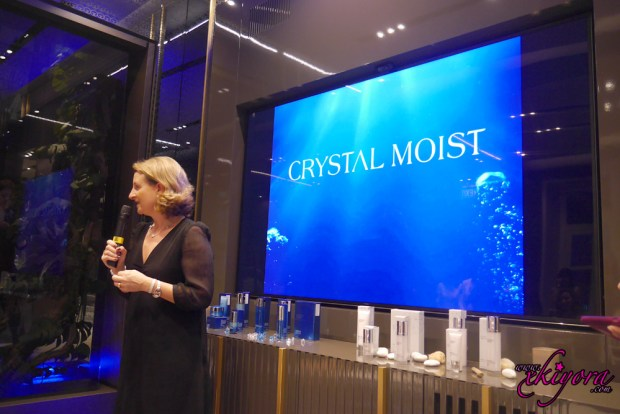 crystal-moist-korean-skin-care4