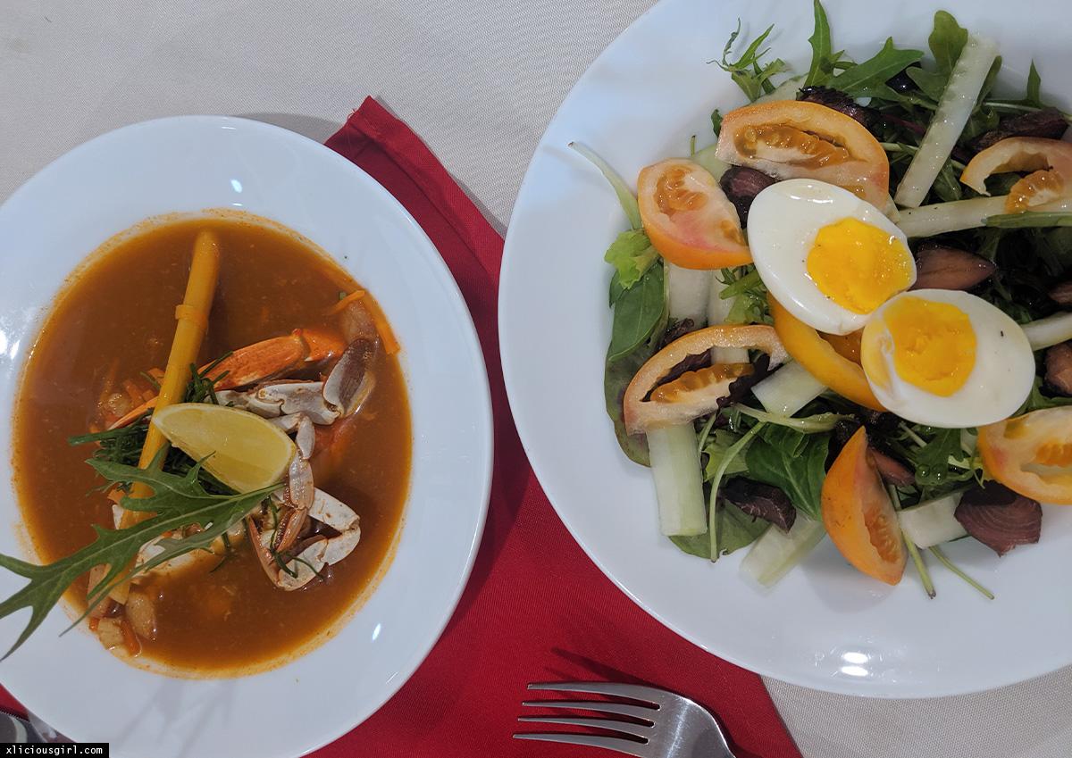 salad and crab seafood