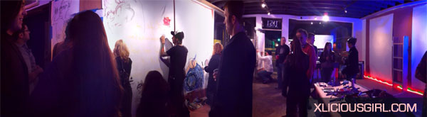 panorama of the draw bitch event at petra gallerie