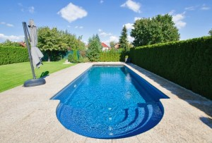 Outdoor Swimming Pool Maintenece