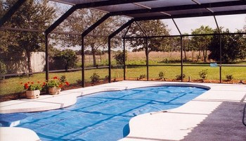 Heating An Outdoor Swimming Pool, How Much Does It Cost?