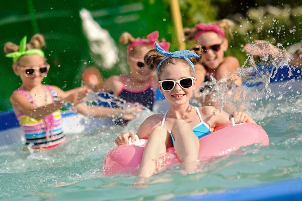 How to Plan a Kid's Pool Party