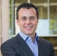 Dr. Vassilis Syrmos