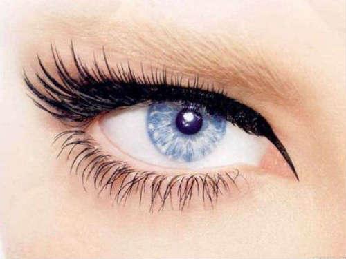 Idei machiaj ochi albastru-deschis