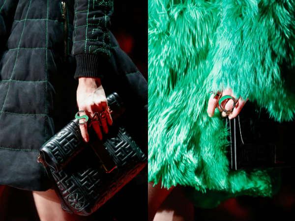 Inele in forma de litere Versace
