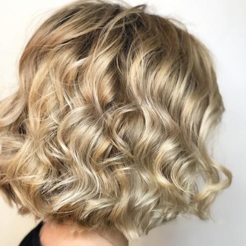 Culori de par 2019 blond crem